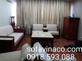 Thay đệm ghế mới cho sofa gỗ phòng khách tại quận Hoàn Kiếm