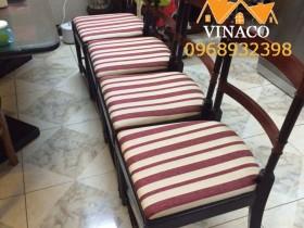 Làm đệm ghế ăn tuyệt đẹp với mẫu vải 065