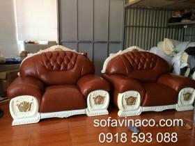 Bọc lại ghế sofa tân cổ điển ở Khu đô thị Ciputra, Hà Nội