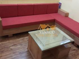 Đệm ghế gỗ L màu đỏ chị Thu ở Quan Hoa, Cầu Giấy