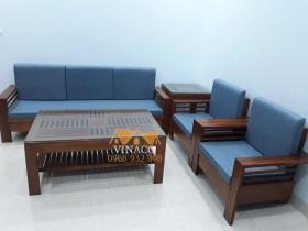 Bộ đệm ghế màu xanh dương cho gia đình ở Quang Trung
