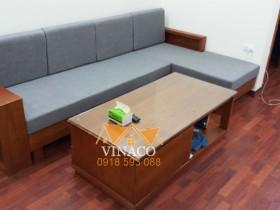 Bộ đệm ghế màu ghi sáng kết hợp với phong các hiện đại của sofa L