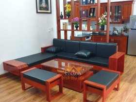 Đệm ghế da đen trên nền gỗ đỏ sang trọng tại Phan Chu Trinh Hoàn Kiếm