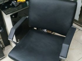 Bọc ghế cắt tóc giá rẻ, bọc da ghế cắt tóc tại Hà Nội