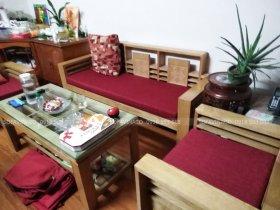 May vỏ bọc đệm ghế gỗ tại Trần Duy Hưng, Hoàn Kiếm