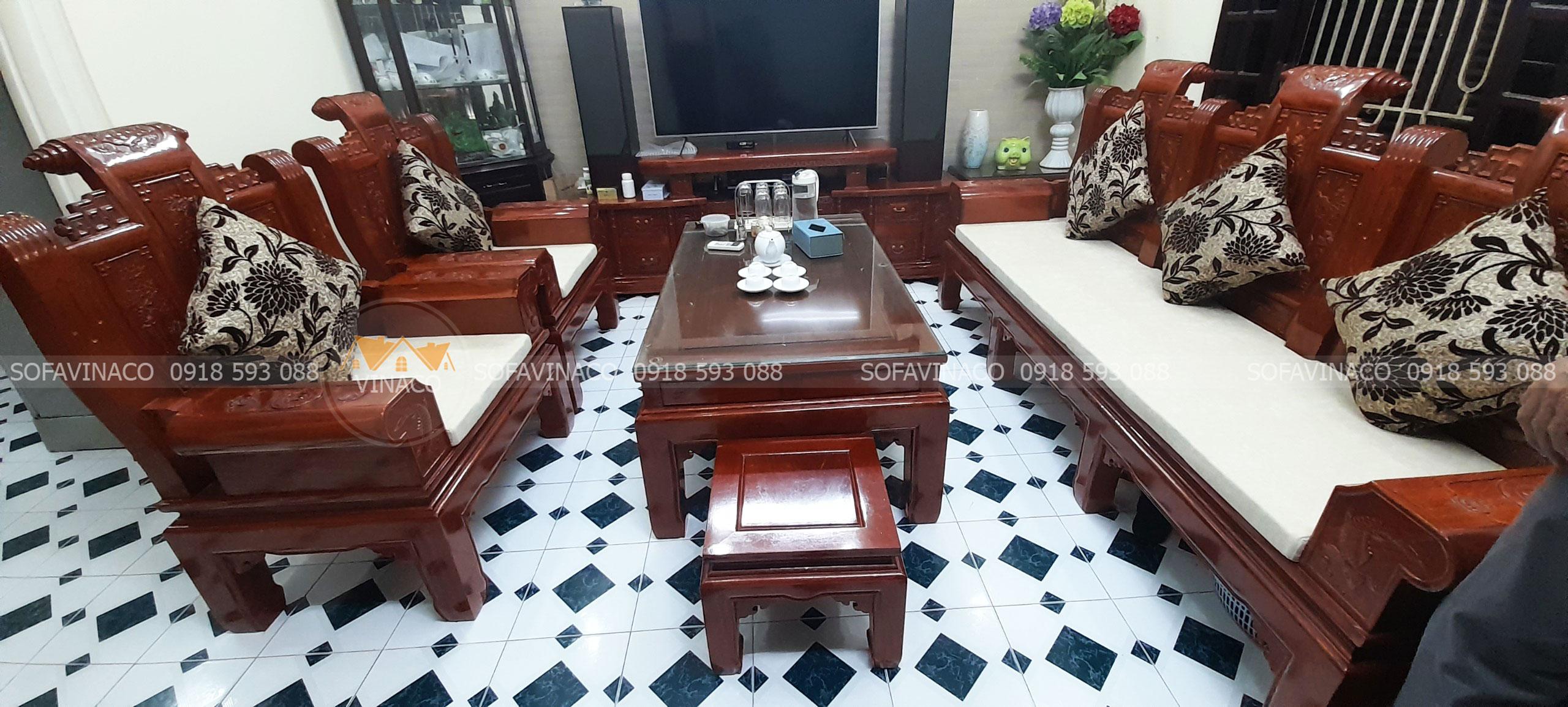 Làm đệm ghế ngồi màu kem cho bộ ghế Tần Thuỷ Hoàng tại Kim Ngưu, Hà Nội