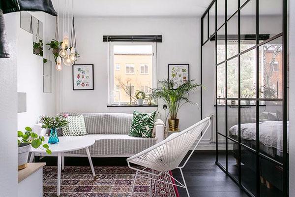 Những món nội thất kết hợp với ghế sofa tạo không gian độc đáo