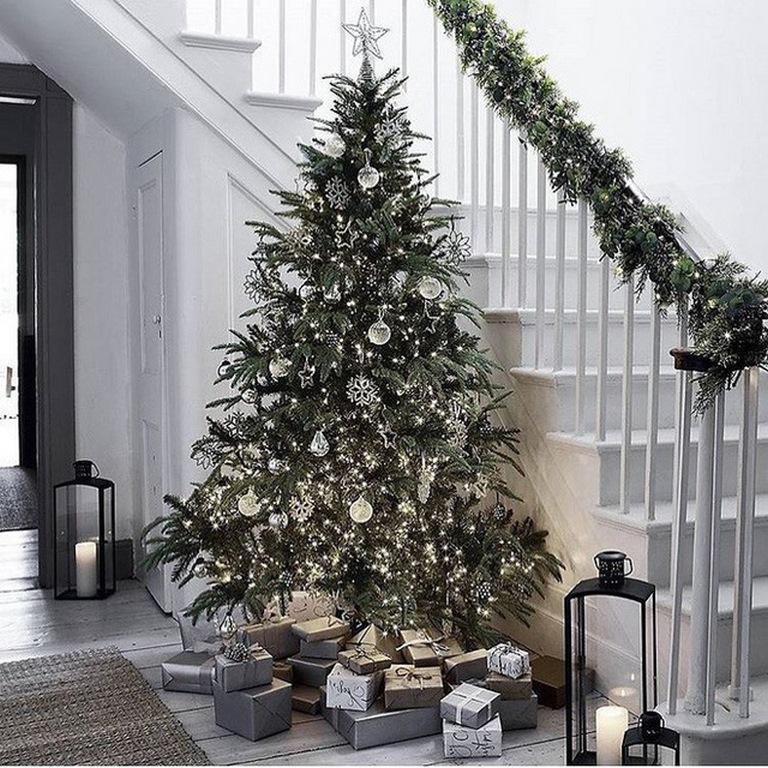 Trang trí nội thất tô điểm không gian tổ ấm bạn đón Giáng Sinh