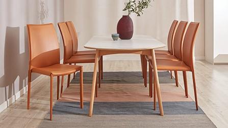Xu hướng bọc ghế bàn ăn với những màu nóng cho mùa đông ấm áp